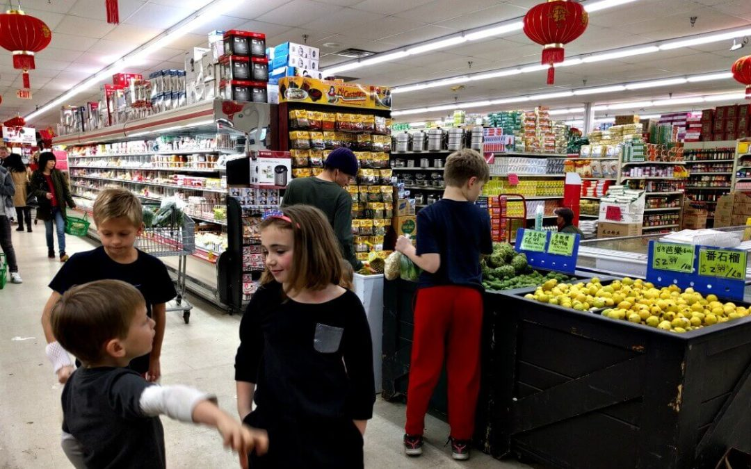 How to Have a Food Adventure WITH Kids – Asian Market